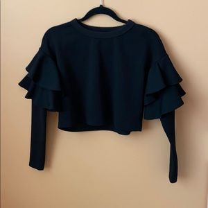 Cropped long sleeve with ruffles